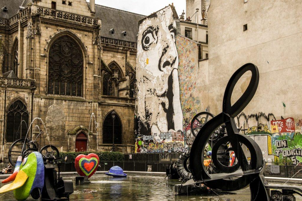 Fontaine Stravinsky, Paris visite Marais