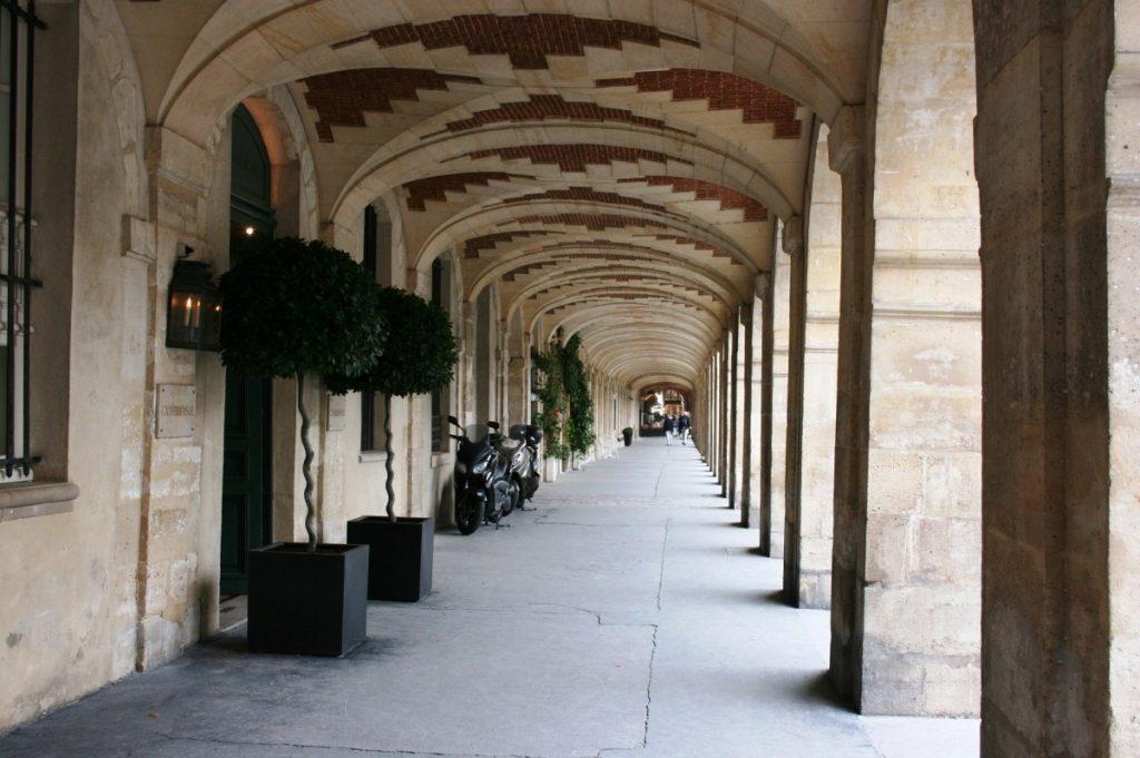 Place des Vosges, Marais. Visite Paris