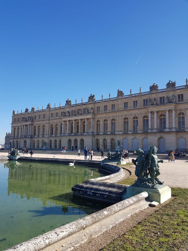 Visit the Versailles Palace with a Guide