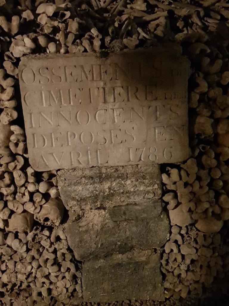 Visita le catacombe di Parigi con una Guida